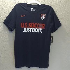 NWT Nike soccer Tshirt Navy Blue Size Large